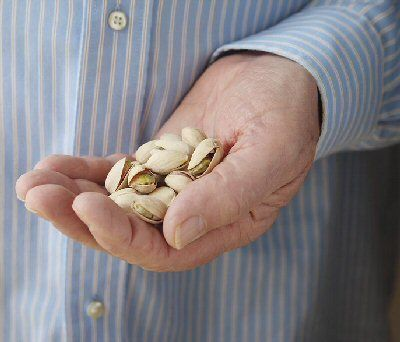 Prediabetes and Type 2: Health Benefits of Eating Nuts
